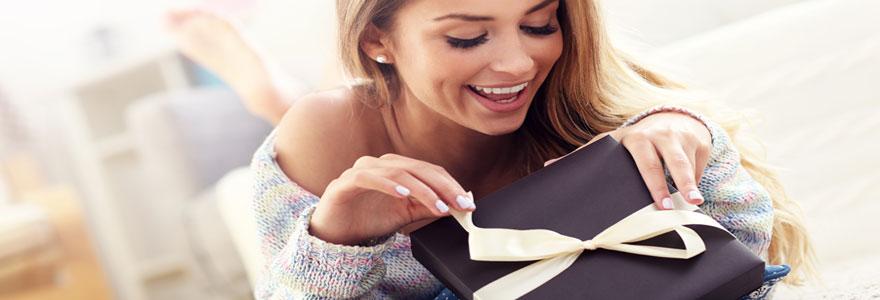 Offrir un cadeau original à une femme